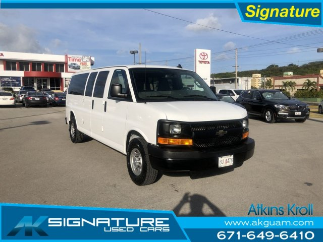 Pre-Owned 2016 Chevrolet Express Passenger LS